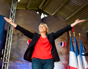 France_s_Le_Pen_looks_to_ride_outsider_wave___Boston_Herald